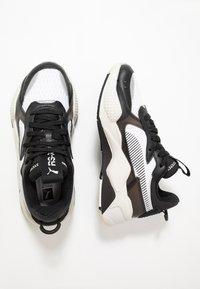 Puma - RS-X TECH - Sneakersy niskie - black/vaporous gray/white - 1