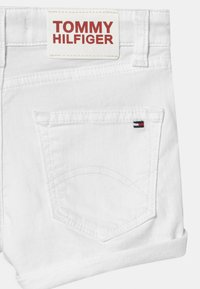Tommy Hilfiger - NORA - Denim shorts - bright white - 3