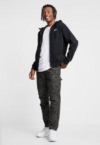 Nike Sportswear - CLUB HOODIE - Zip-up hoodie - black/black/white - 1