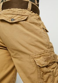 Schott - BATTLE - Shorts - beige - 3