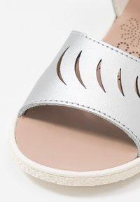 Camper - MIKO KIDS - Sandals - silver - 2