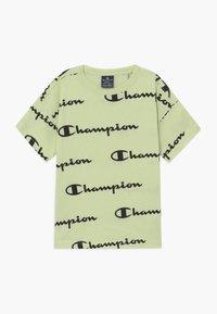 Champion - LEGACY AMERICAN CLASSICS CREWNECK - Print T-shirt - mint - 0