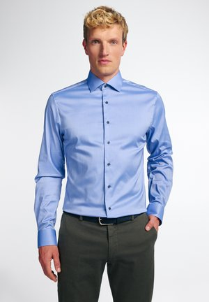 SLIM FIT - Zakelijk overhemd - mittelblau