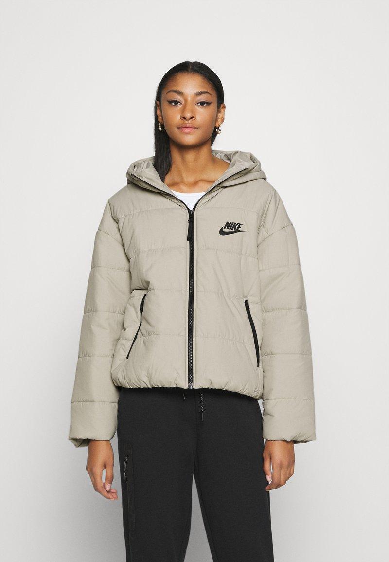 Nike Sportswear - CORE  - Light jacket - stone/white/black