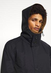 Gloverall - REVERSABLE OVERCOAT - Zimní kabát - navy - 4