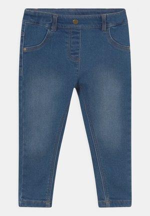BABY UNISEX - Jeans Skinny Fit - med blue denim