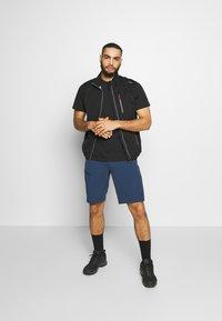 Norrøna - FALKETIND FLEX SHORTS - Outdoor shorts - indigo night - 1