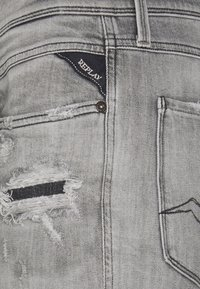 Replay - ANBASS AGED ECO - Jeans slim fit - medium grey - 4