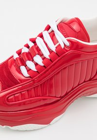 MISBHV - KOMBAT MOON TRAINERS ALL DEEP UNISEX - Trainers - red - 5
