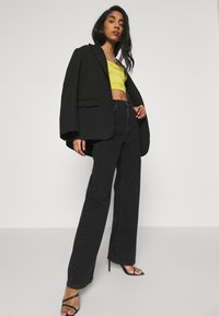 NA-KD - FULL LENGTH  - Jeans relaxed fit - black - 3