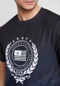 Supply & Demand - FUSE - T-shirt con stampa - black - 4