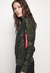 Alpha Industries - IRIDIUM - Bomberjacks - dark green - 5