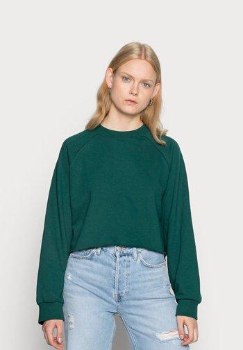 ESTRID - Sweatshirt - dark green