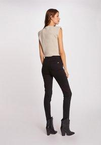 Morgan - Pantalones - black - 2