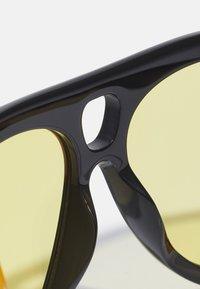 Tom Ford - UNISEX - Occhiali da sole - shiny black/brown - 6