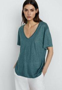 Massimo Dutti - T-shirt basic - green - 0