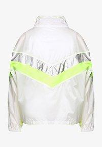 Urban Classics - LADIES 3 TONE LIGHT TRACK JACKET - Summer jacket - white/silver - 1