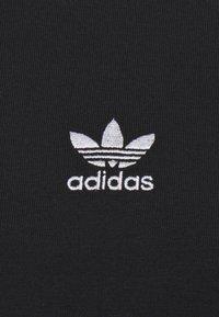 adidas Originals - 3-STRIPES ORIGINALS ADICOLOR LONG SLEEVE T-SHIRT - Long sleeved top - black - 4