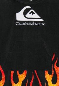 Quiksilver - HOODY TOWEL YOUTH UNISEX - Bath towel - black - 2