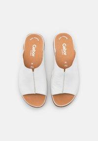Gabor Comfort - Slippers - weiß - 5