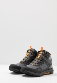 The North Face - M ULTRA FASTPACK IV MID FUTURELIGHT - Hiking shoes - dark shadow grey/griffin grey - 2