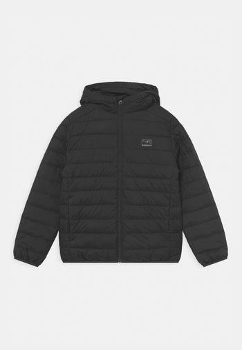 SCALY YOUTH - Winter jacket - black