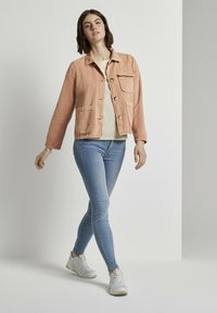 TOM TAILOR DENIM - Giacca di jeans - washed coral - 1