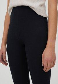 PULL&BEAR - Pantaloni - black - 4