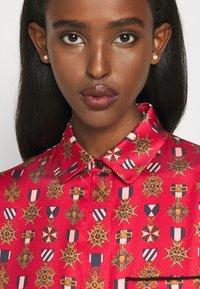 Mulberry - TERI DRESS - Sukienka koszulowa - medium red - 7