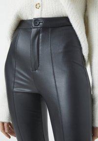 PULL&BEAR - Trousers - black - 3