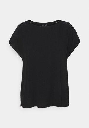 VMNANCY - T-shirts - black