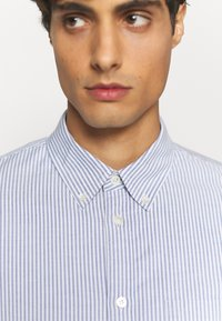 ARKET - Shirt - blue medium - 4