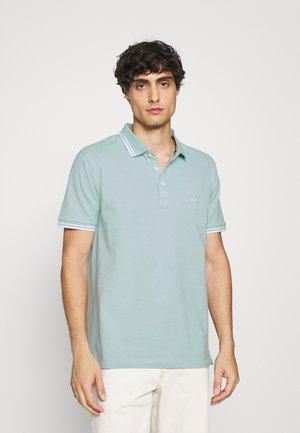 CONTRAST PIPING - Poloshirt - aqua