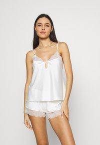 LingaDore - Pyjama set - ivory - 0