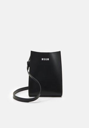 BORSA DONNA WOMAN`S BAG - Across body bag - black