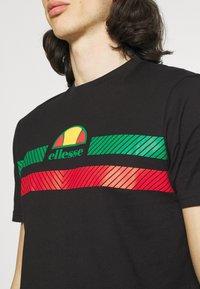 Ellesse - GLISENTA TEE - Print T-shirt - black - 4