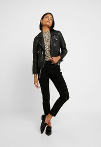 Madewell - HIGH RISE - Jeans Skinny Fit - black - 1