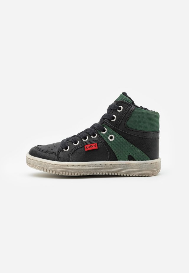 LOWELL - High-top trainers - noir/vert