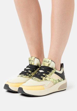 AMUDENA - Sneakers basse - light yellow