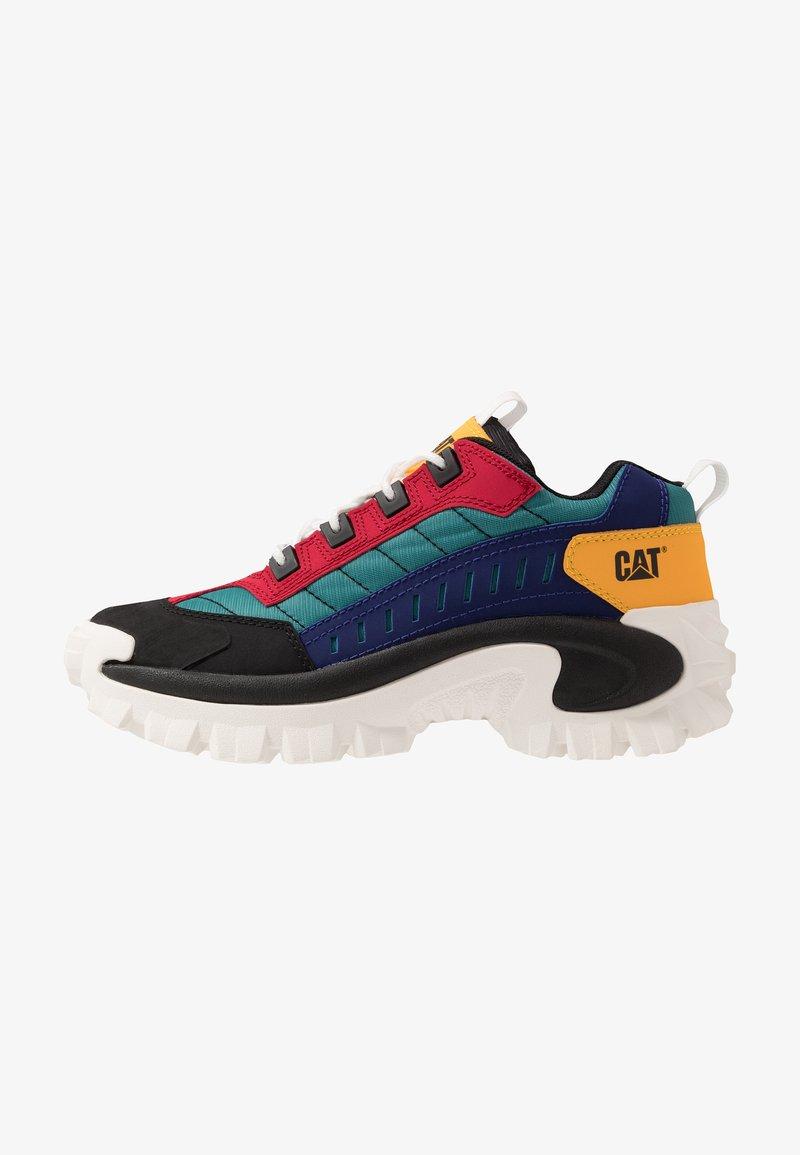 Cat Footwear - INTRUDER - Zapatillas - black/scarlet/north sea/blueprint/yellow