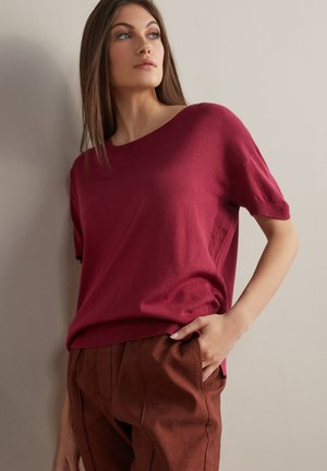 Basic T-shirt - sangria