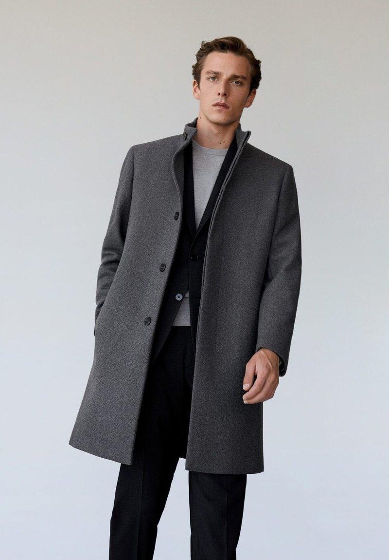 Mango - FUNNEL - Classic coat - grau