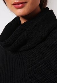 Anna Field - Cape - black - 3