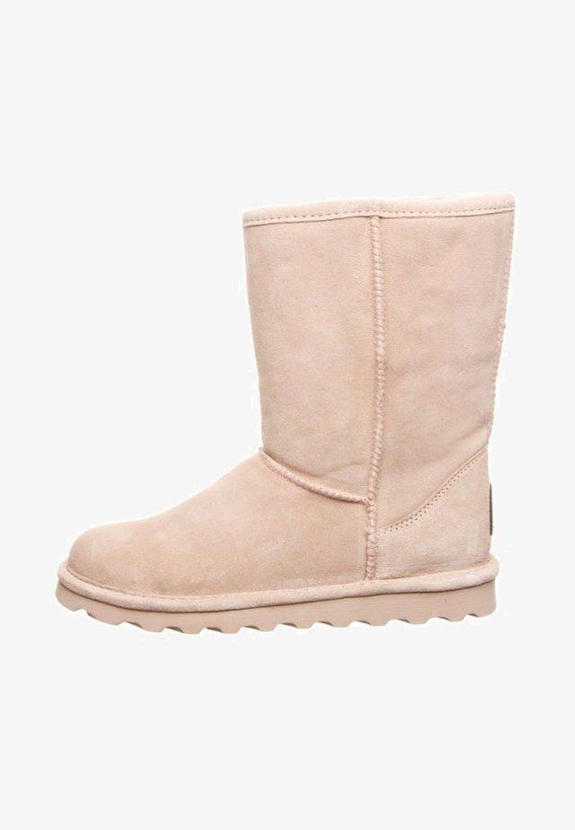 Winter boots - blush