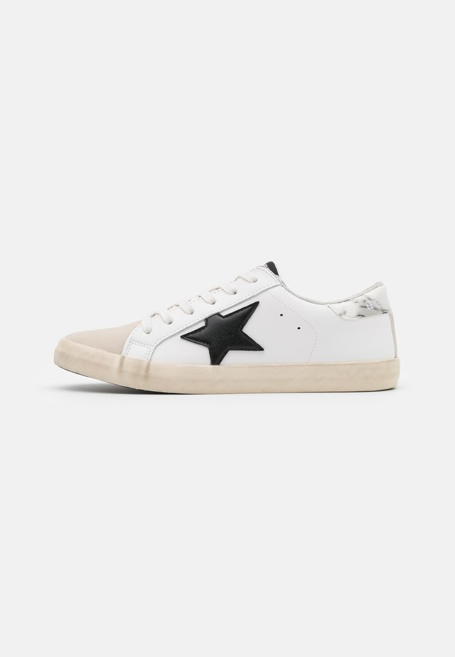 CITY - Trainers - marble