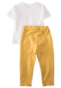 Cigit - SET - Tracksuit bottoms - mustard yellow - 1