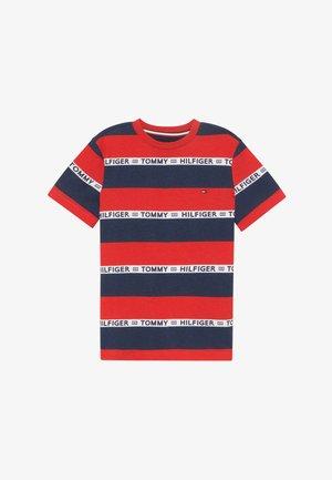 BOYS STRIPE TAPE - T-shirt print - red