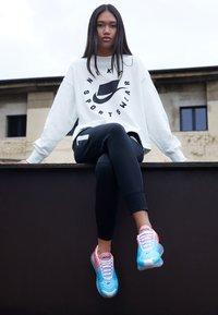 Nike Sportswear - AIR MAX  - Sneakers laag - lava glow/black/blue fury - 3