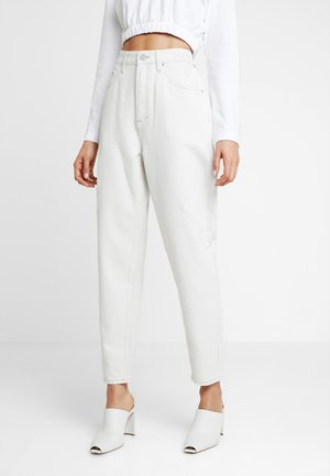 HIGH RISE - Relaxed fit jeans - white denim