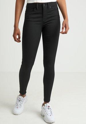OBJSKINNYSOPHIE - Jeans Skinny Fit - black